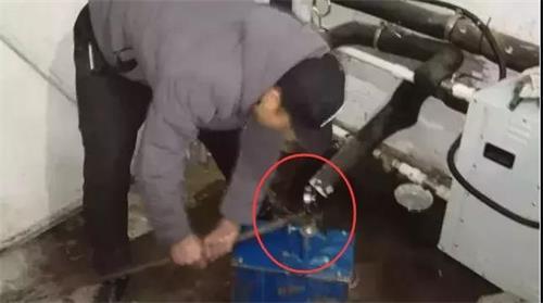 空气能热泵为什么会冻裂?冬季该如何防冻?-空气能热泵厂家