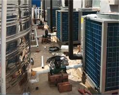 河南周口一学校安装纽恩泰空气源热泵热水设备,让师生生活更舒心